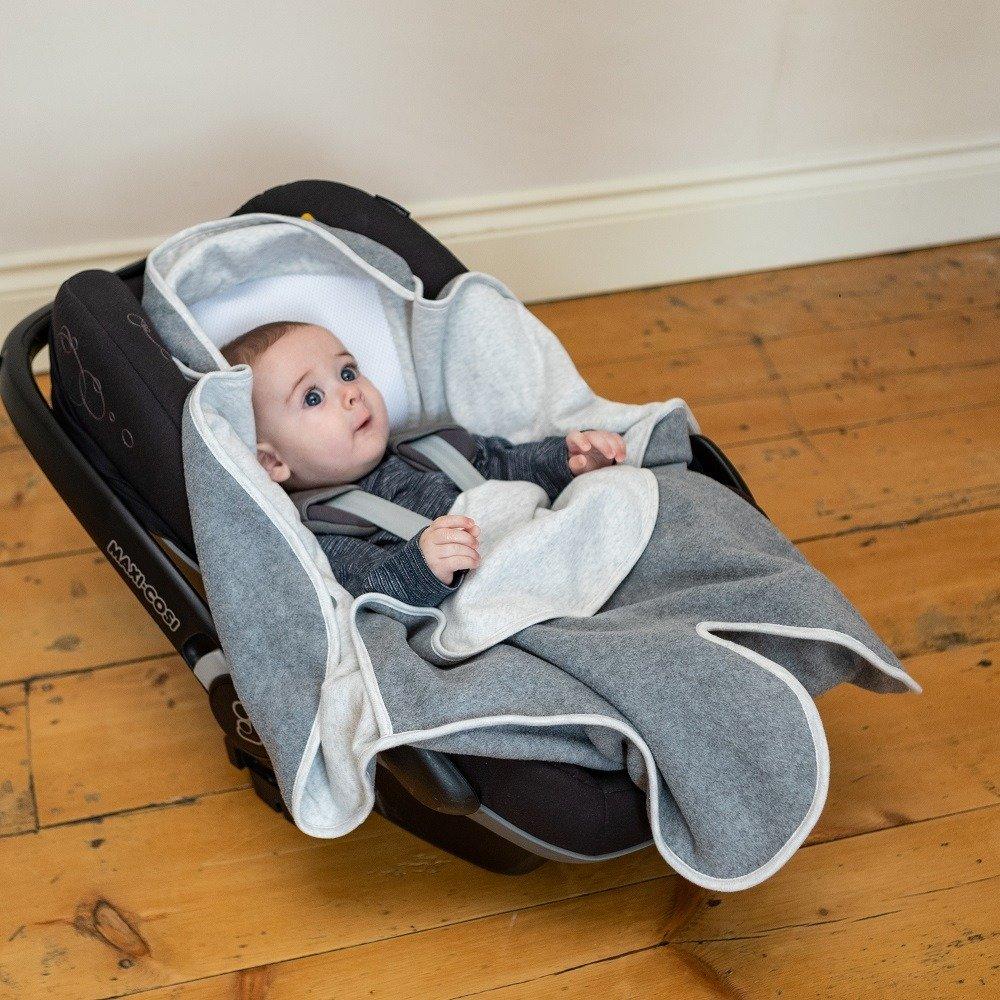 Cosy Wrap Travel Blanket Scandi - Car Seat Half Open