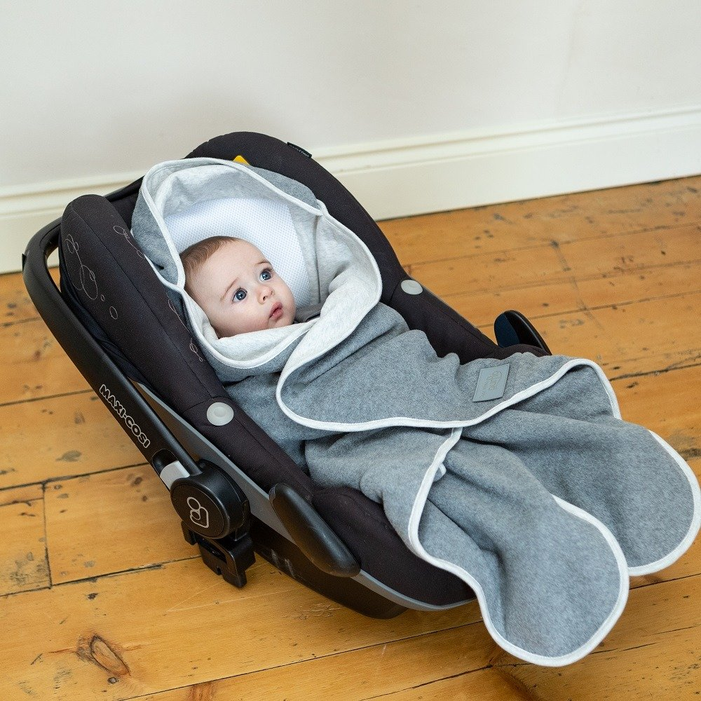 Cosy Wrap Travel Blanket Grey - Car Seat Closed