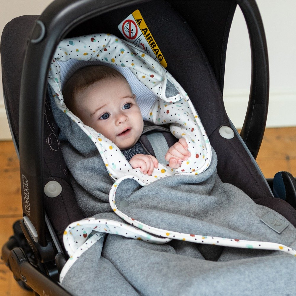 Cosy Wrap Travel Blanket Scandi - Car Seat Closed